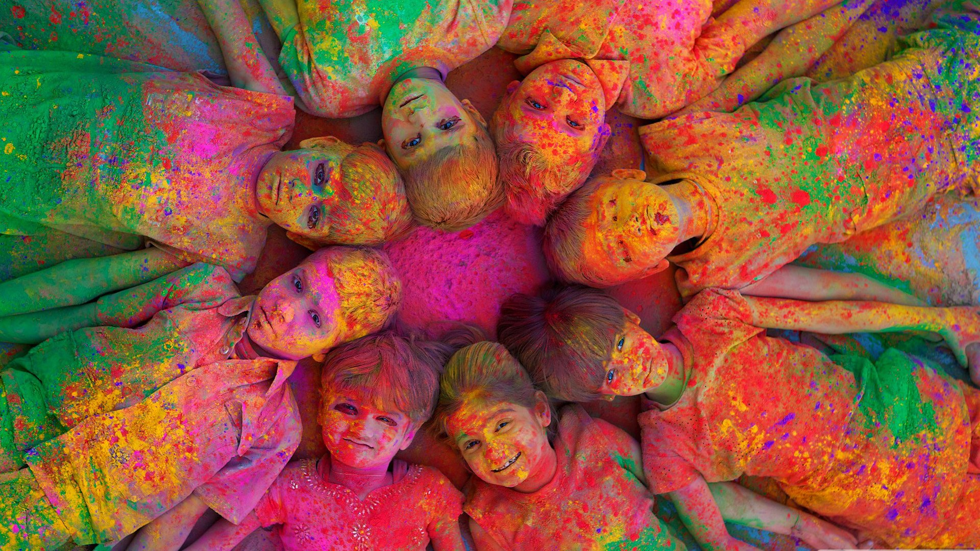 Holiday - Holi  Psychedelic Colors Child Wallpaper