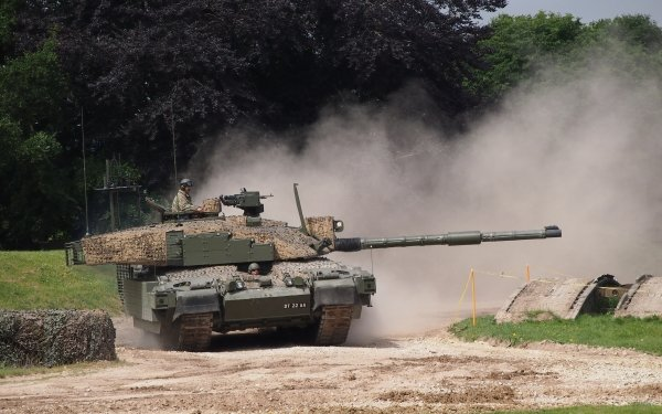 Military Challenger 2 Tanks HD Wallpaper | Background Image