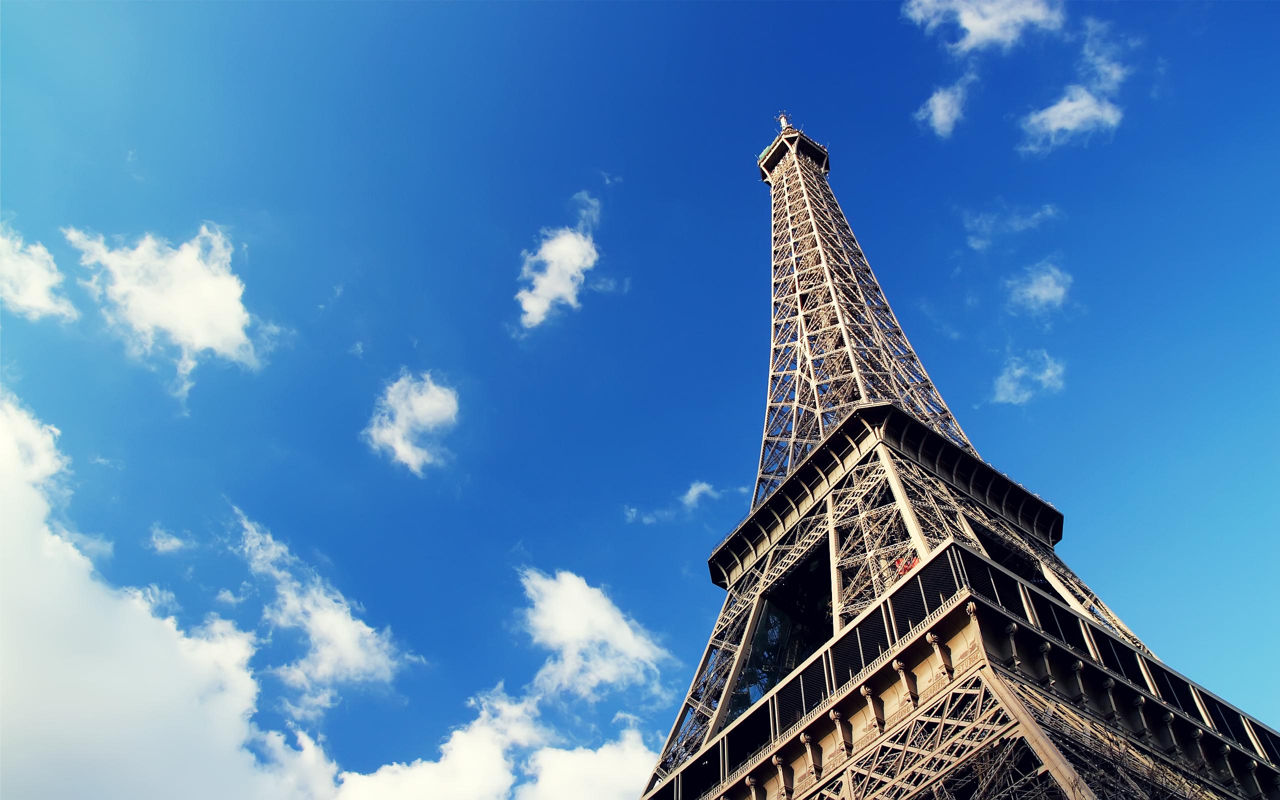 Eiffel Tower HD Wallpaper   Background Image   2560x1600   ID:598332 - Wallpaper Abyss
