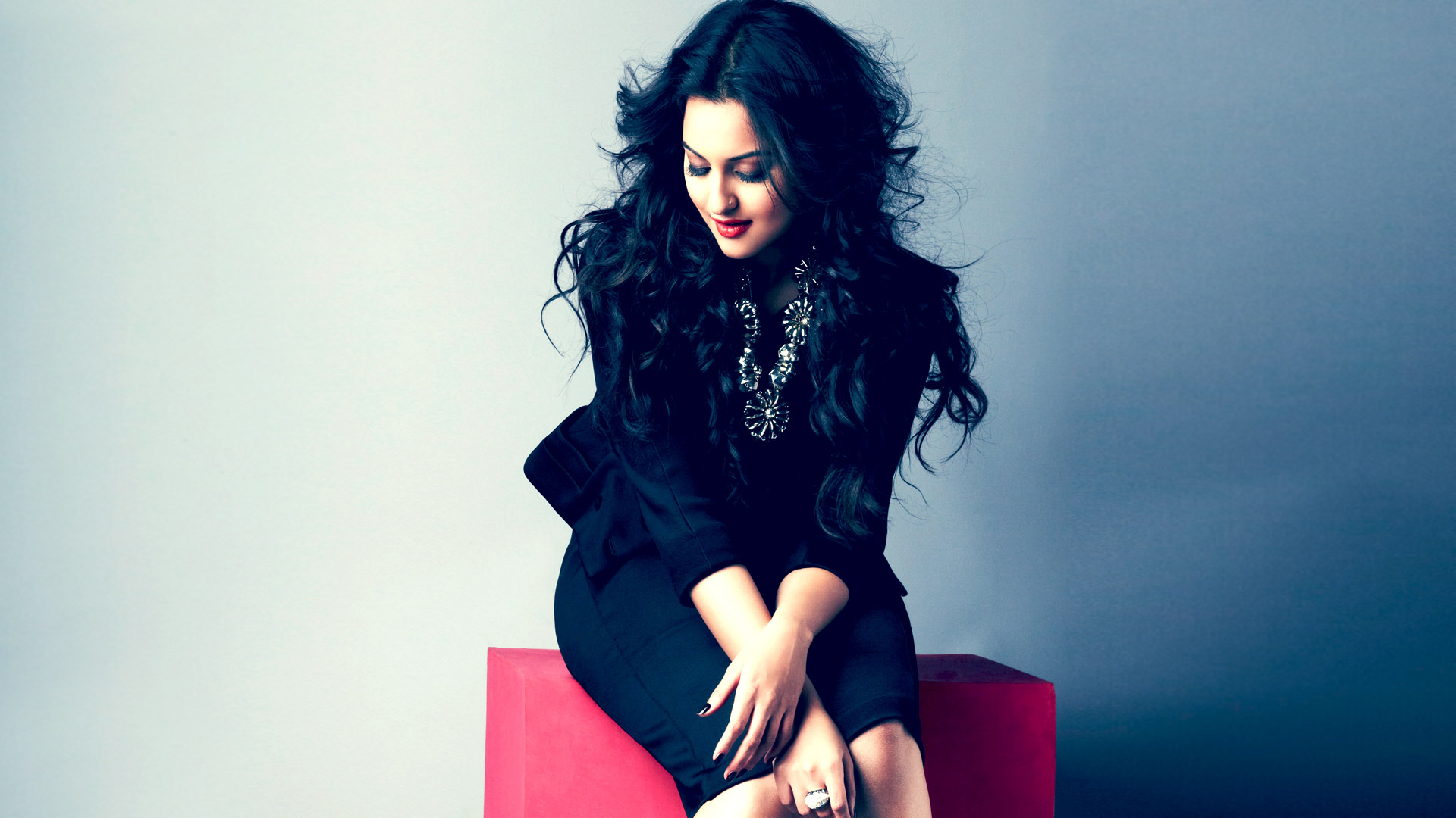 sonakshi sinha full hd wallpaper and background image | 1920x1080