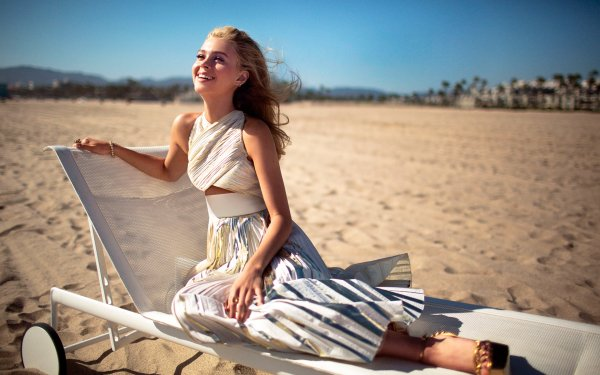 Celebrity Nicola Peltz Actresses United States HD Wallpaper   Background Image