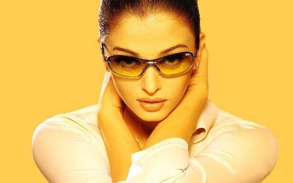 Celebrity Aishwarya Rai Actresses India Bollywood HD Wallpaper | Background Image