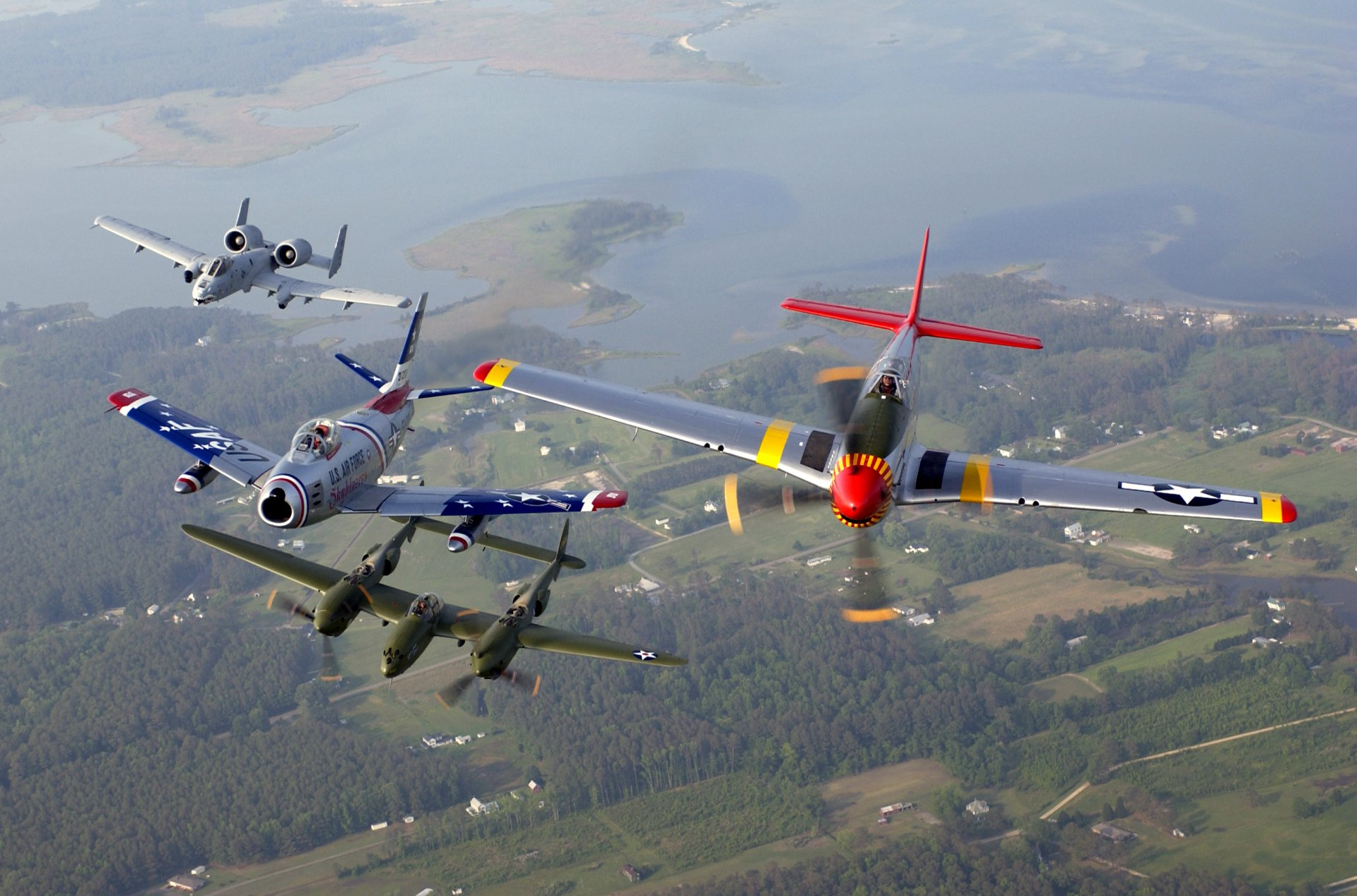 Military - Air Show  Fairchild Republic A-10 Thunderbolt II Wallpaper