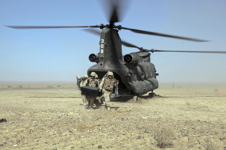 Elicottero Ch : Shorabak afghanistan march hd wallpaper sfondi