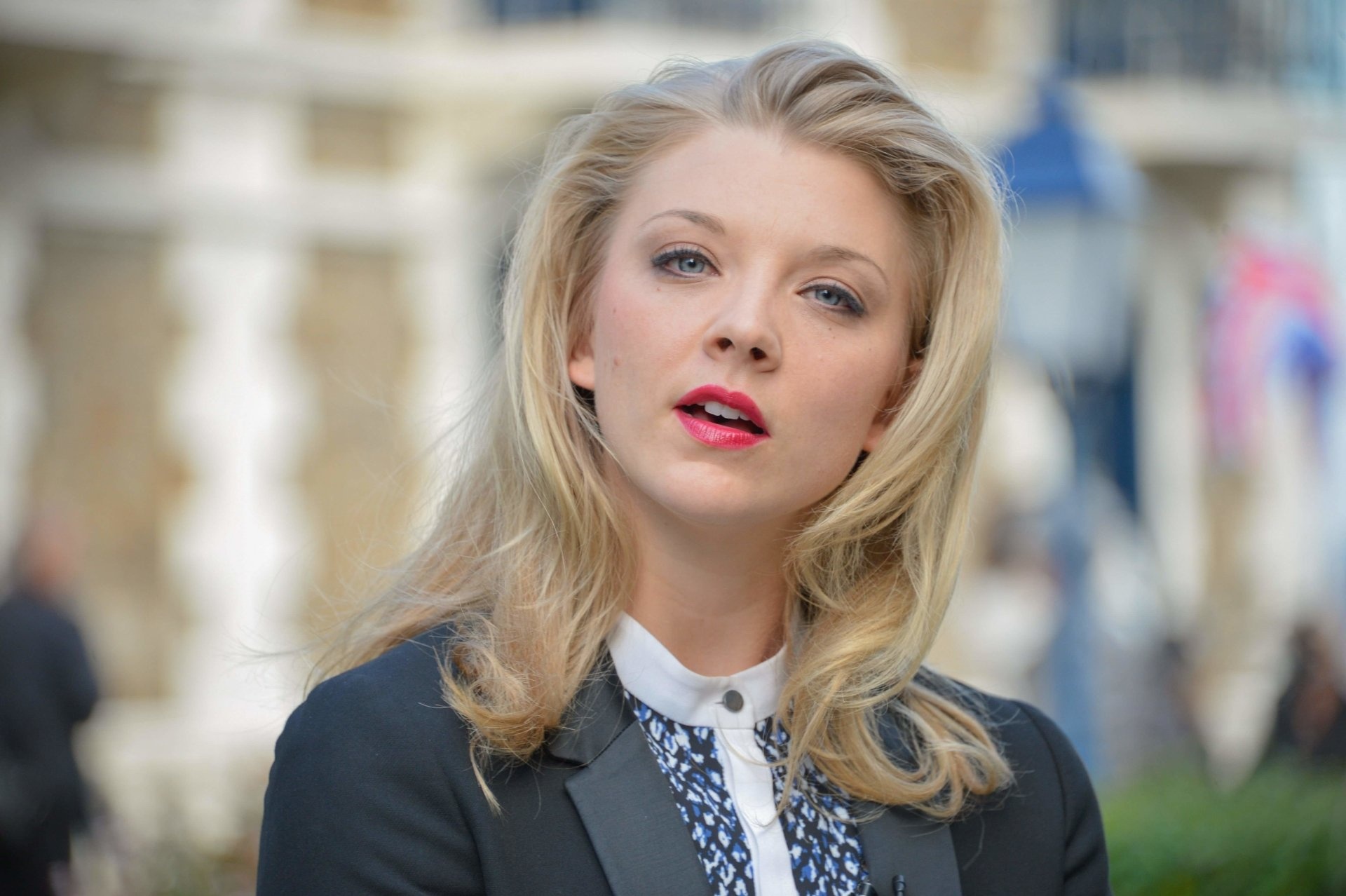 Natalie dormer how to date me - 5 1