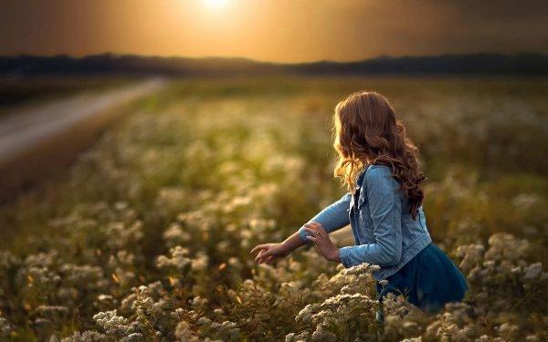 Women Mood Meadow HD Wallpaper | Background Image