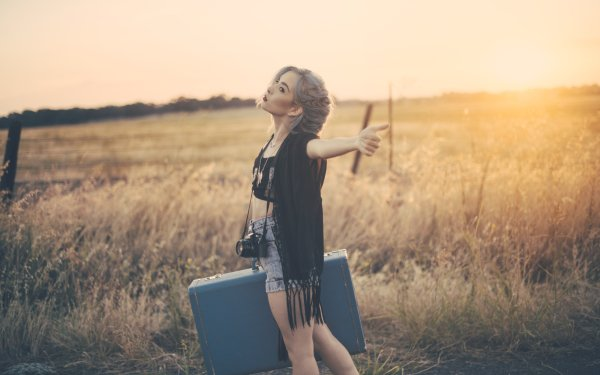 Women Mood Woman Model Camera Brown Eyes Sunny Outdoor Suitcase HD Wallpaper | Background Image