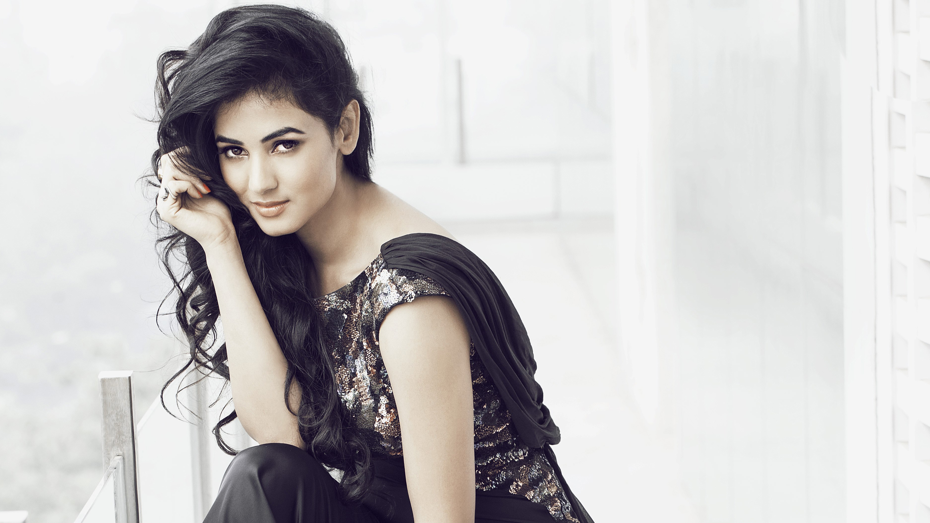 sonal chauhan 4k ultra hd wallpaper | background image | 3840x2160