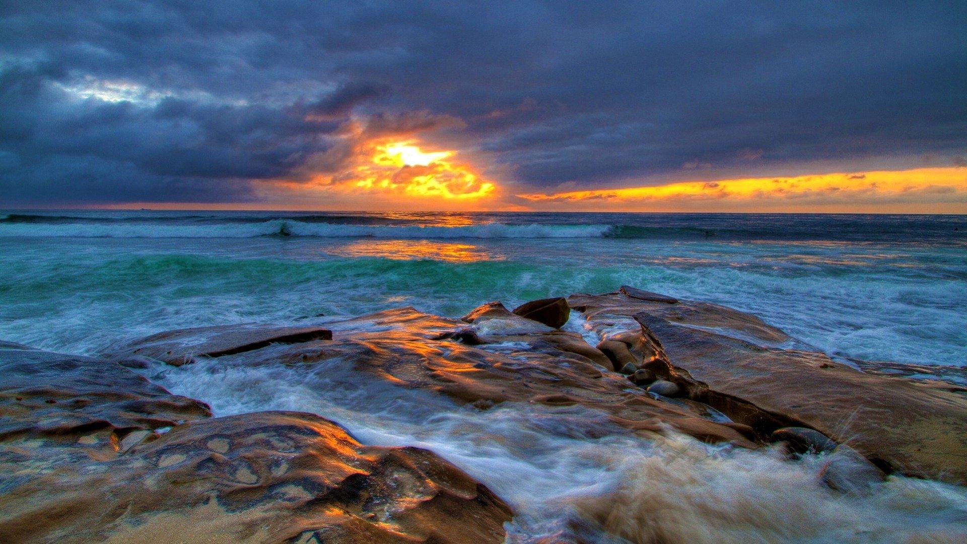 Earth - Ocean  Horizon Earth Turquoise Rock Sky Sunset Cloud Wallpaper