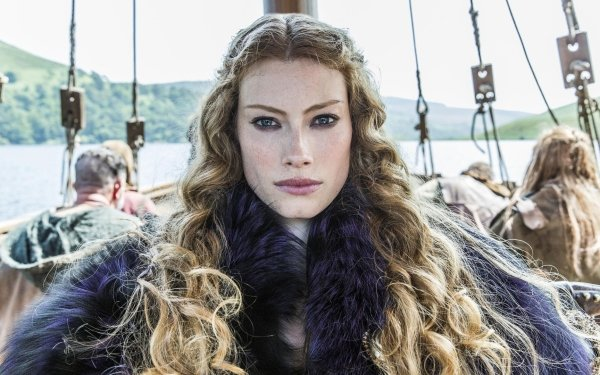 TV Show Vikings Alyssa Sutherland Princess Aslaug HD Wallpaper | Background Image