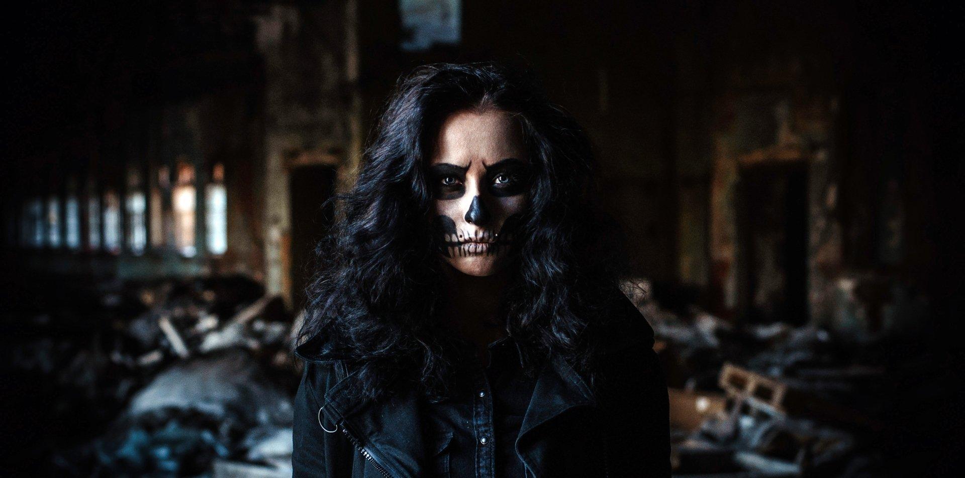 Artistic - Sugar Skull  Dark Woman Brunette Model Blue Eyes Wallpaper