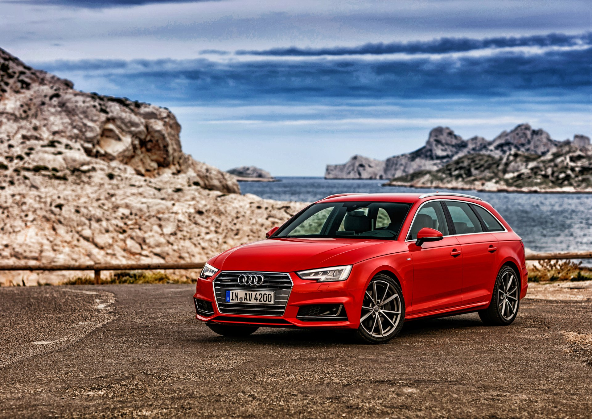 座驾 - Audi A4  奧迪 Red Car 汽车 交通工具 Luxury Car 壁纸