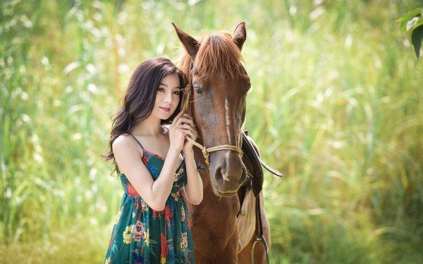 Femmes Asiatique Top Model Cheval Brune Dress Brown Eyes Fond d'écran HD | Image