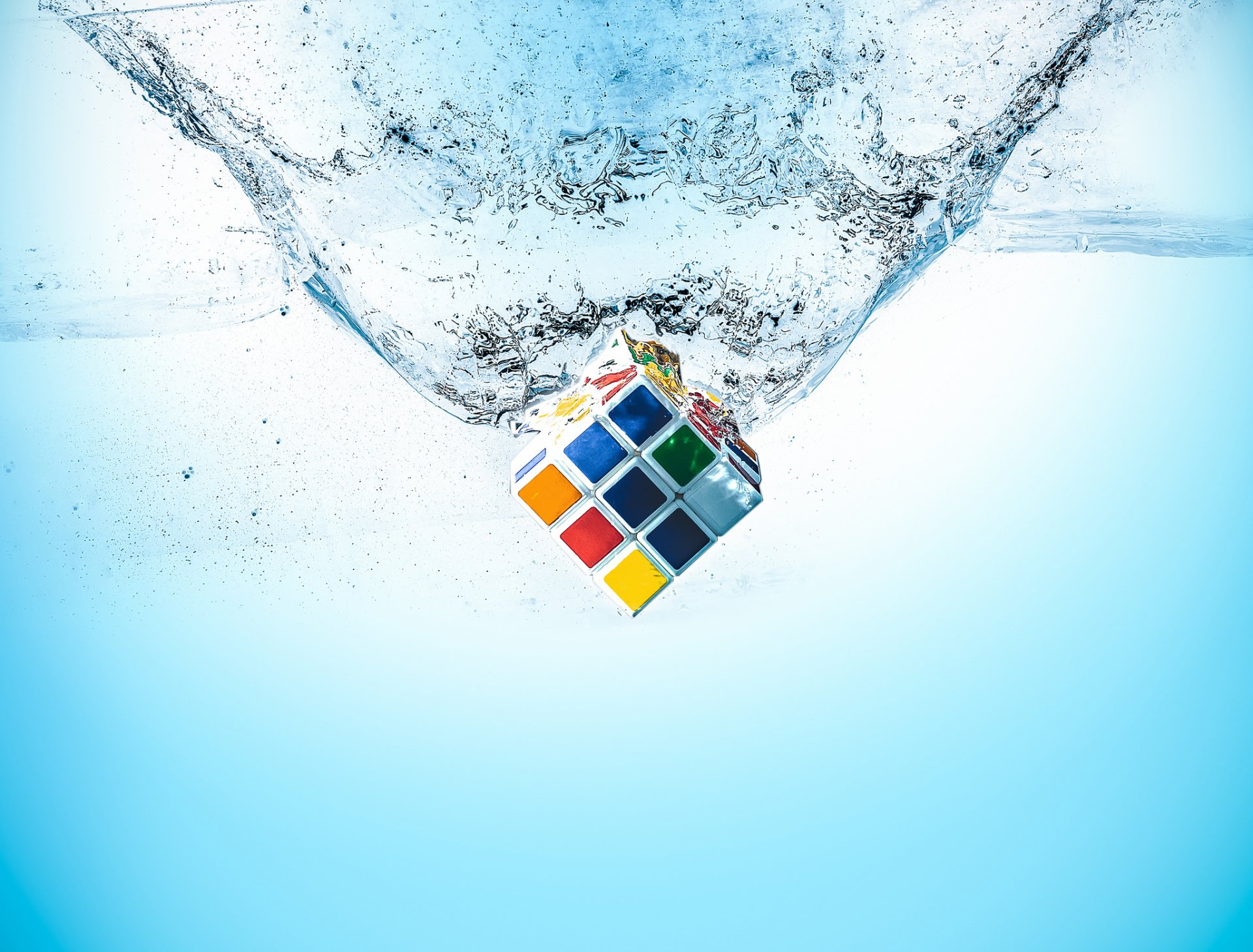 Game - Rubik's Cube  Splash Water Wallpaper
