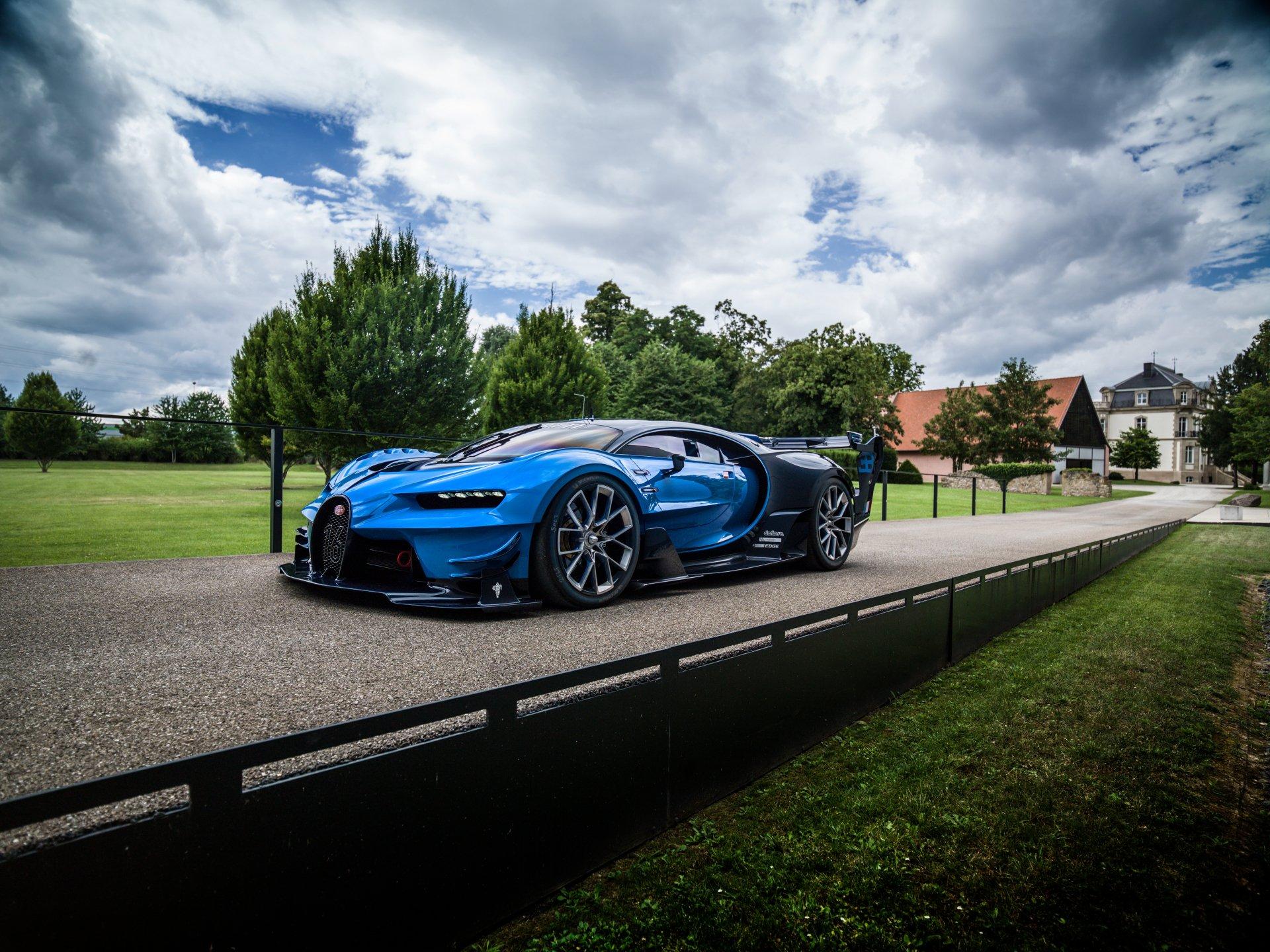 Vehicles - Bugatti Chiron  Bugatti Vehicle Blue Car Car Sport Car Supercar Wallpaper