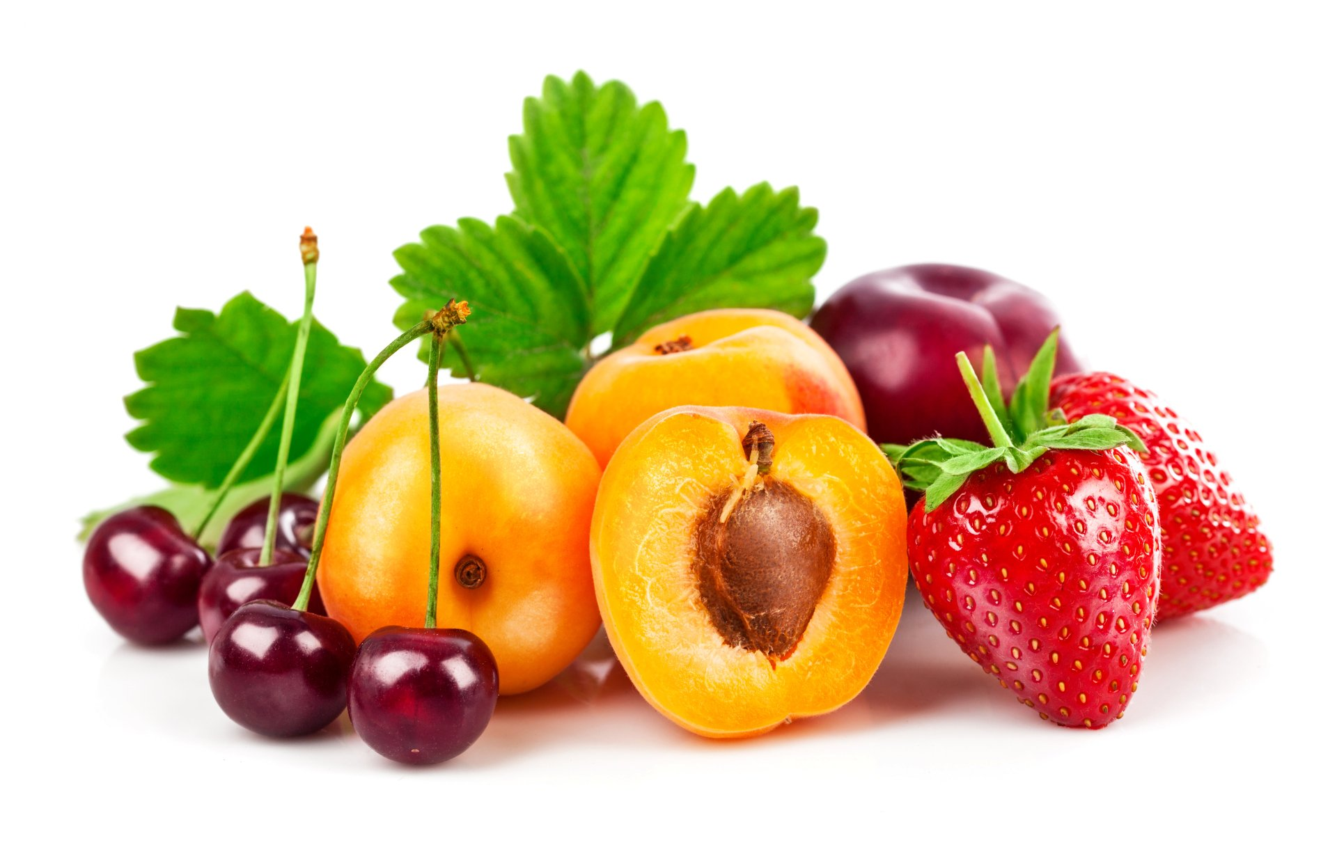 Wallpapers Fruit Strawberry Cherry Apricot Foliage White background Food