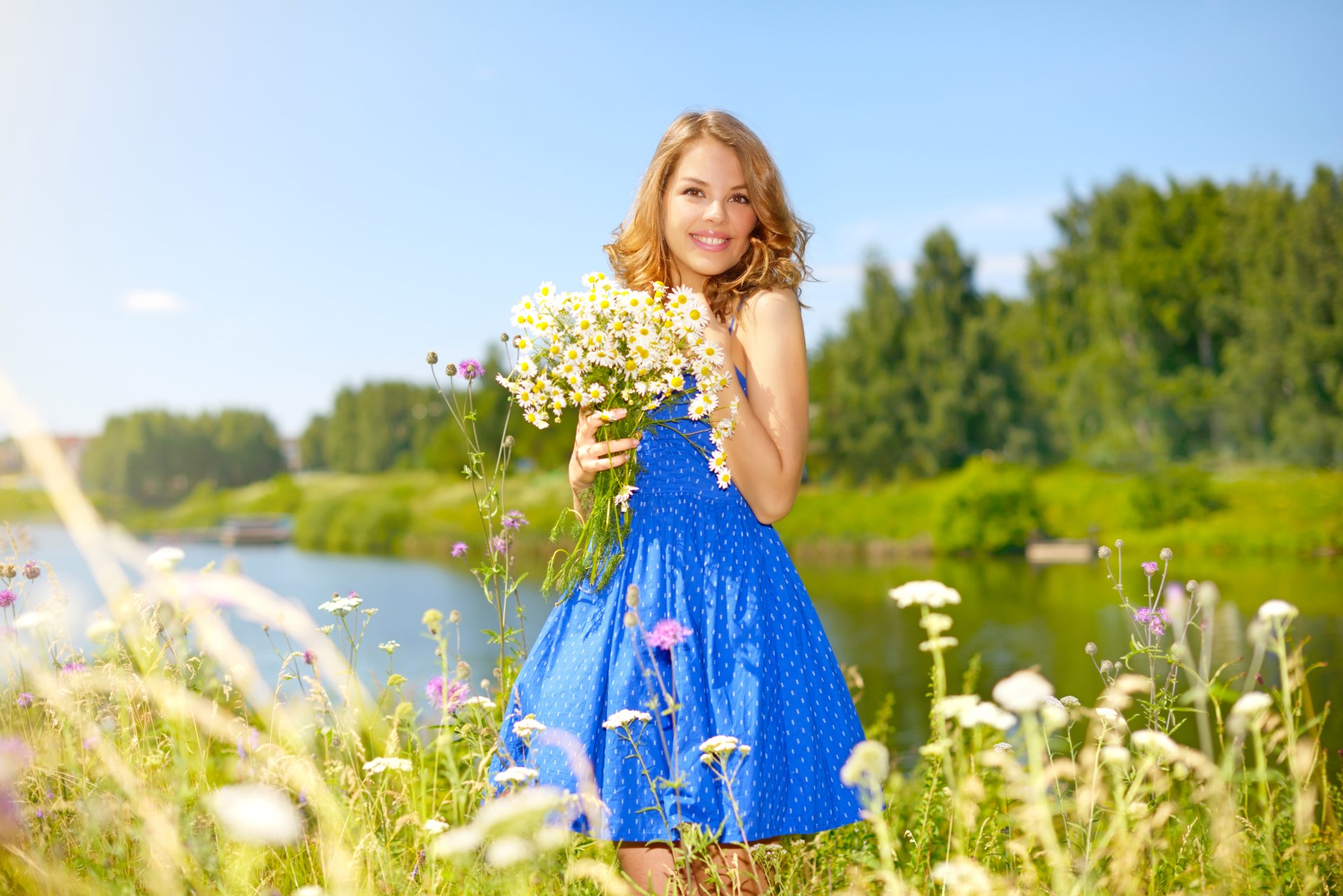 Women - Model  Woman Girl Outdoor Blue Dress Blonde Blur Smile White Flower Wallpaper