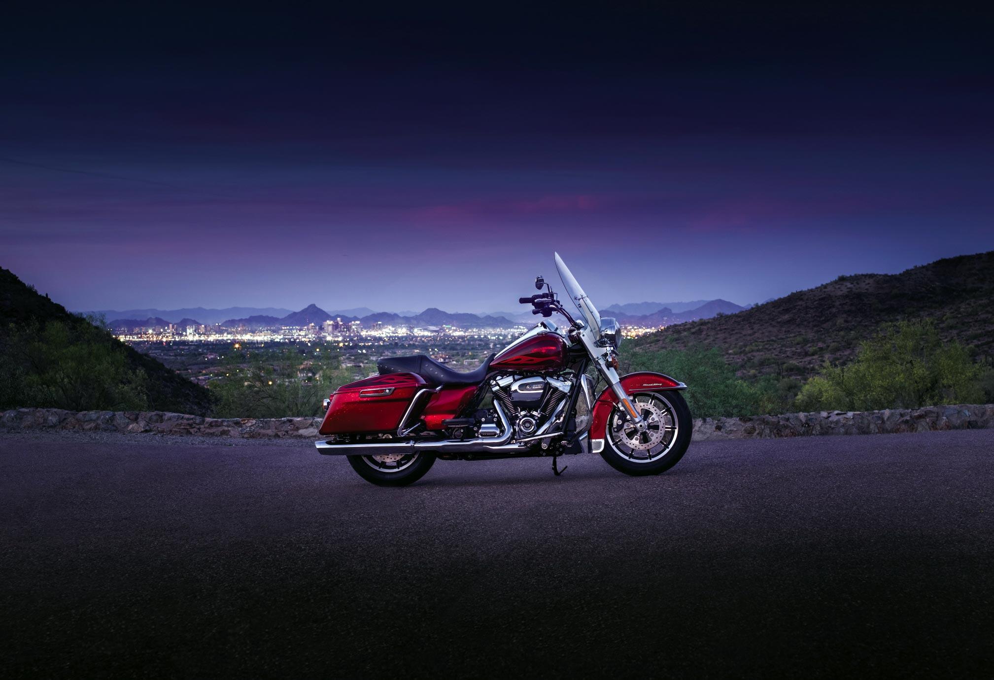 2017 Harley Davidson Road King Hd Wallpaper Background