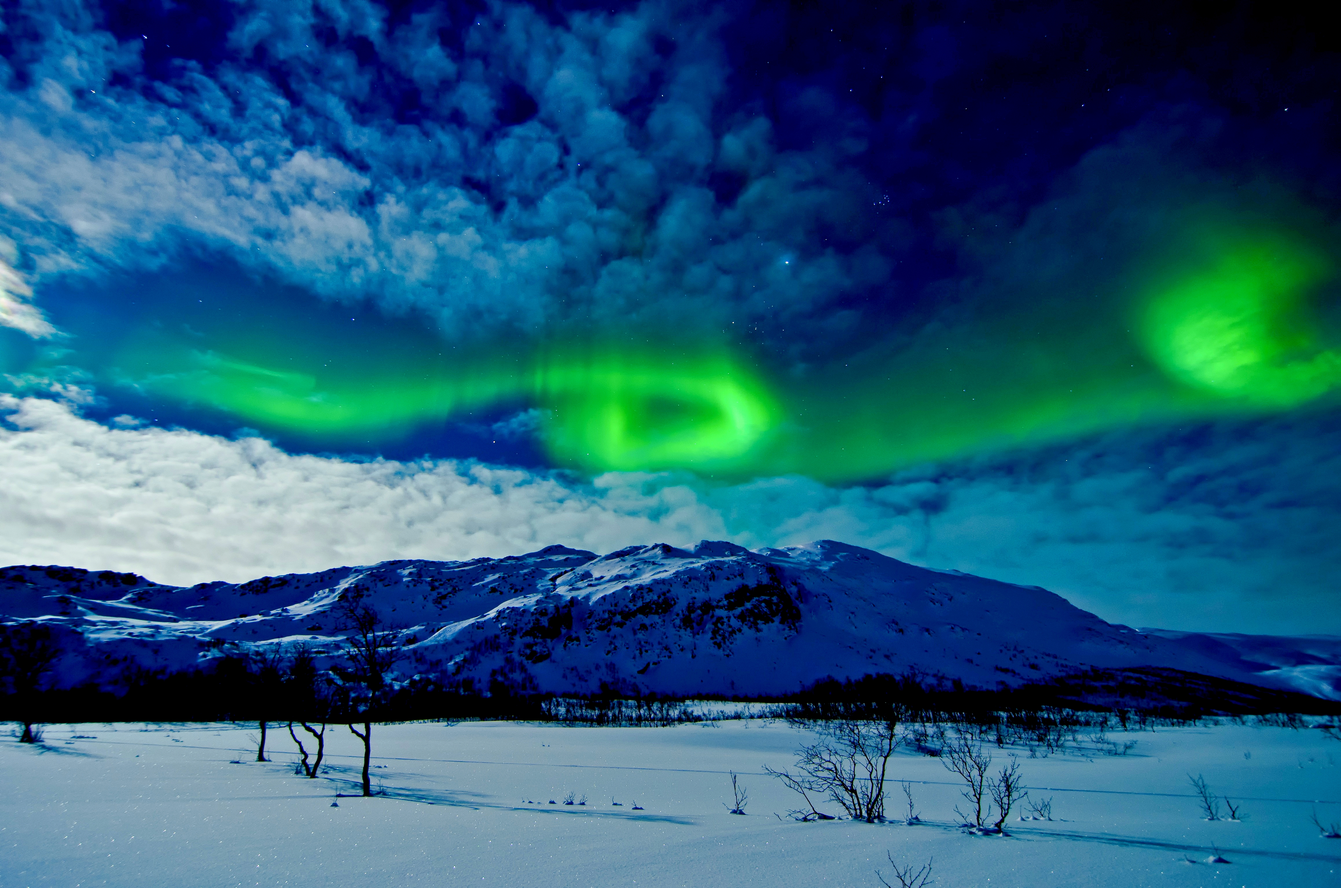 Aurora Borealis Over Winter Mountains 4k Ultra HD Wallpaper And