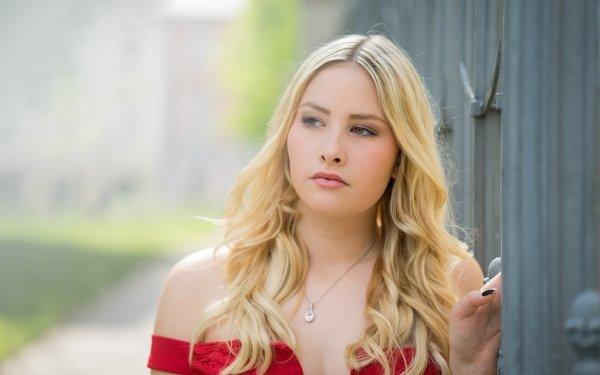Women Model Models Blonde Depth Of Field Face HD Wallpaper   Background Image