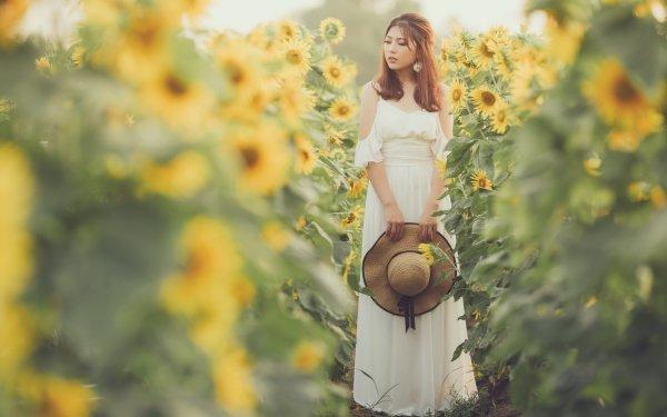 Mujeres Asiática Woman Modelo Chica Hat White Dress Verano Girasol Yellow Flower Fondo de pantalla HD | Fondo de Escritorio