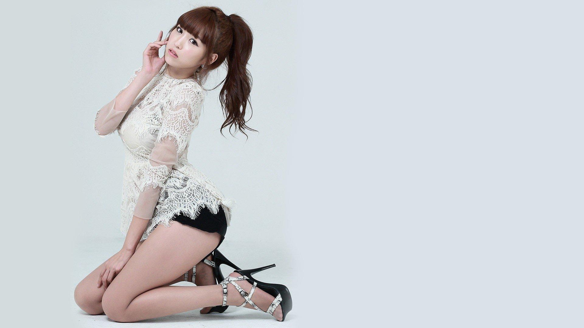 сексуальные японские девушки на каблуках напилась, что